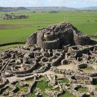 LA CIVILIZACIÓN NURÁGICA: GRANDES CONSTRUCTORES DE LA EDAD DEL BRONCE (1700- 200 aC)